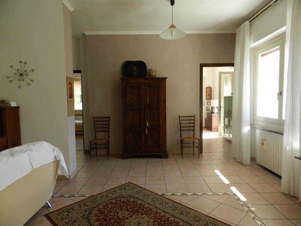 Ambienti molto spaziosi in villa a cinque minuti da Acqui Terme